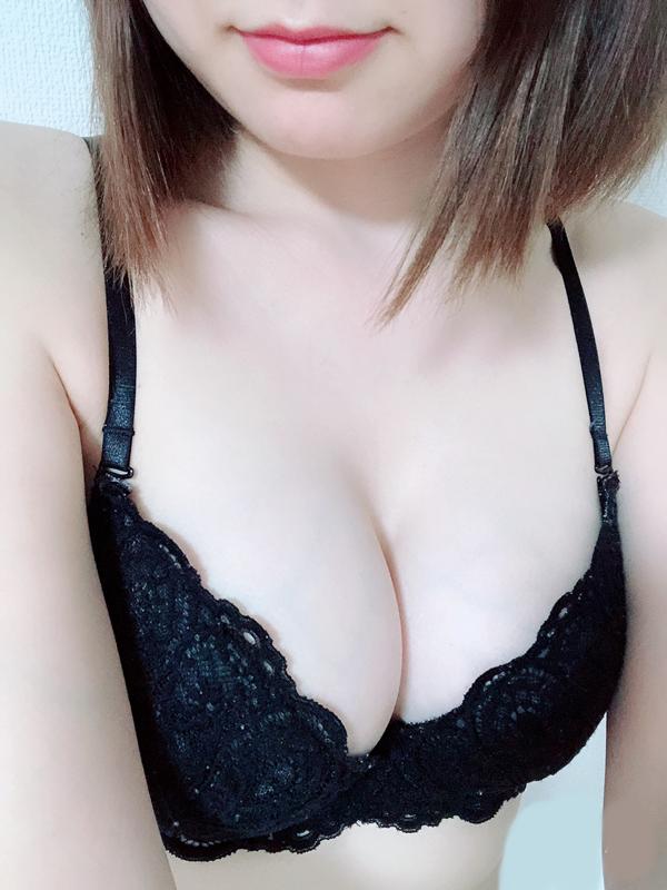 増田 せいら(26)|梅田 十三 新大阪 西中島 出張&待ち合わせ 人妻性感エステ ママセラ